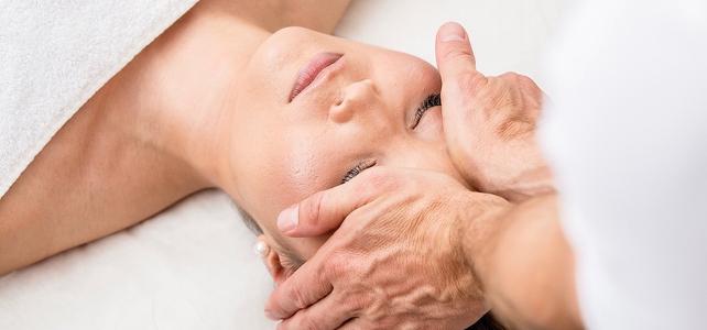 shemale kontakt medicinsk massageterapeut