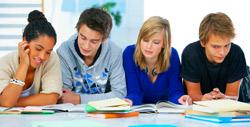 Gymnasieelever recenserar sin skola