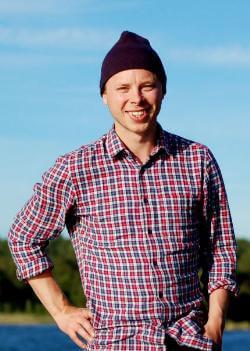 Edvin Janelöv tog sin lärarexamen 2005 och jobbar nu som gymnasielärare.