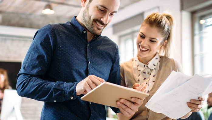 Karriere im wirtschaftlichen Umfeld aus – 100% online