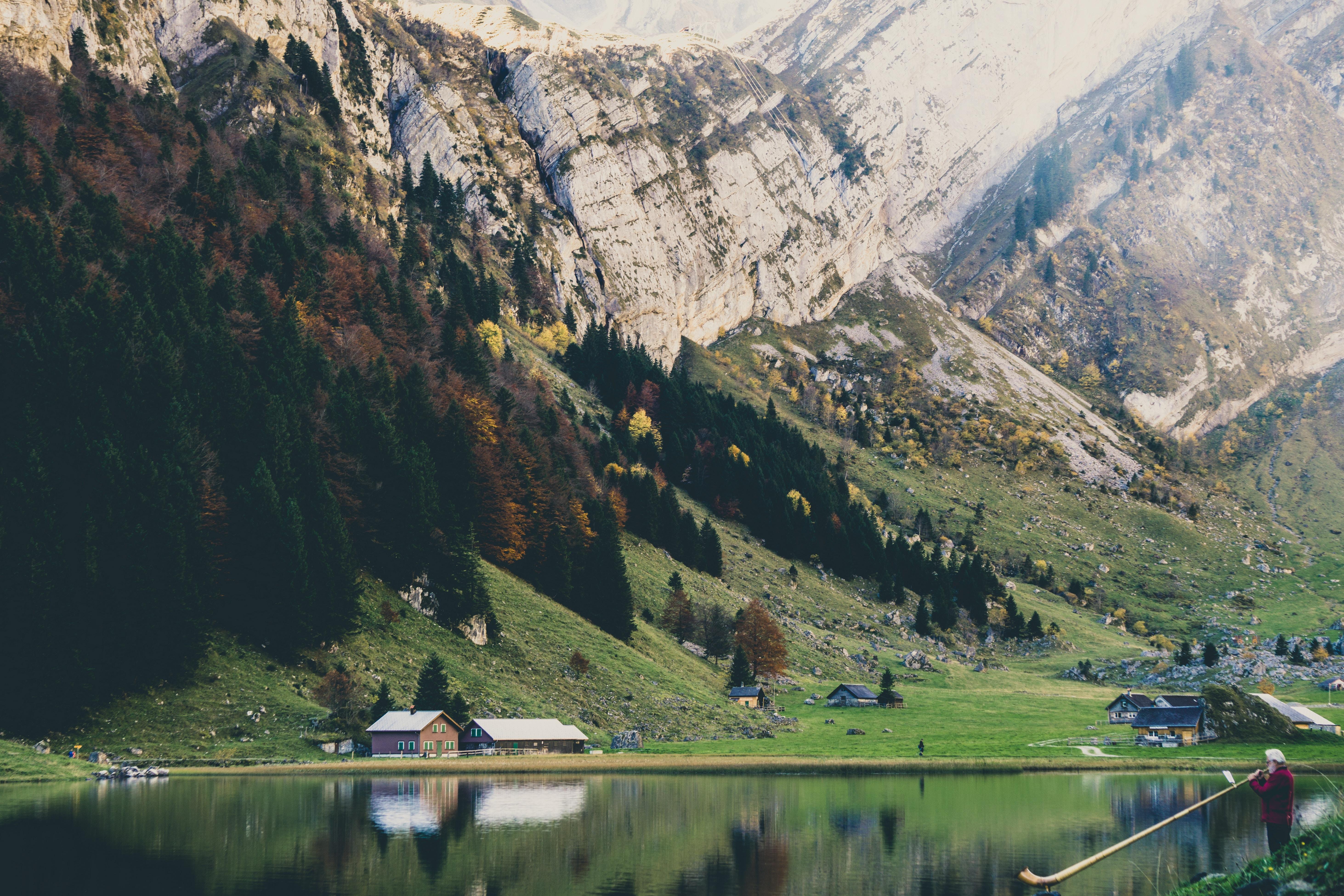 10 Alasan Utama Untuk Belajar Di Luar Negeri Di Swiss