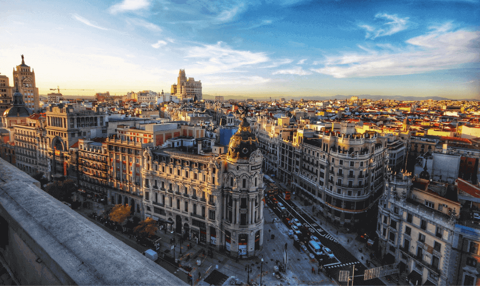 Overview of downtown Madrid at duskl
