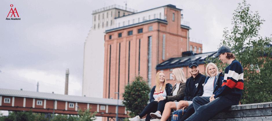 Åbo Akademin kielikylpykoulutus