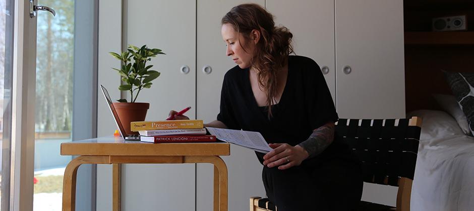 Matleena Aarikallio on päässyt aloittamaan MBA-opinnot kotoa käsin