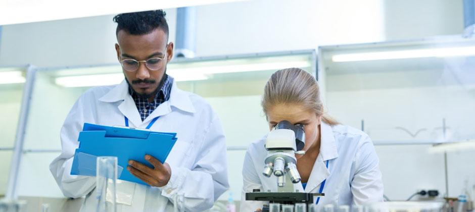 La formation face aux risques chimiques : la meilleure des préventions - CNRS