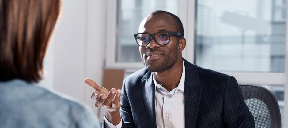 Illustration : Convaincre en entreprise : un atout professionnel indispensable selon Les Mots