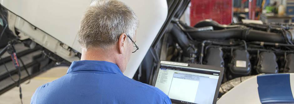 Autoalan perustutkinto | ajoneuvoasentaja | hyötyajoneuvot ja työkoneet | TTS Työtehoseura
