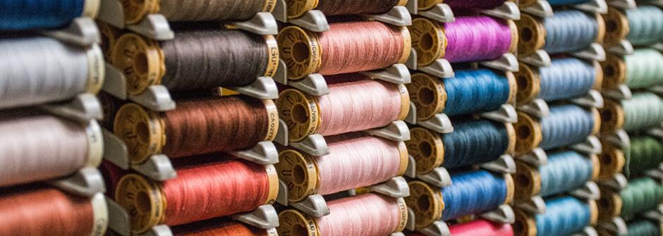 Tekstiili- ja muotialan perustutkinto, designtekstiilien valmistaja / mittatilausompelija / sisustustekstiilien valmistaja