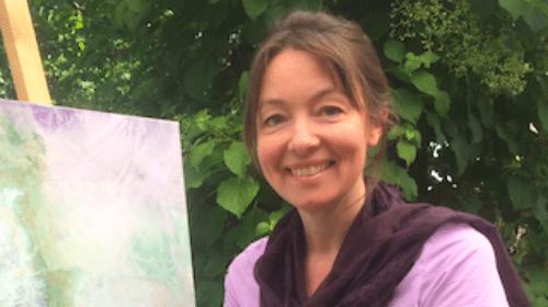 Lär dig måla med glädje, hur du byter ut krav och prestation mot kreativitet och mindfulness.