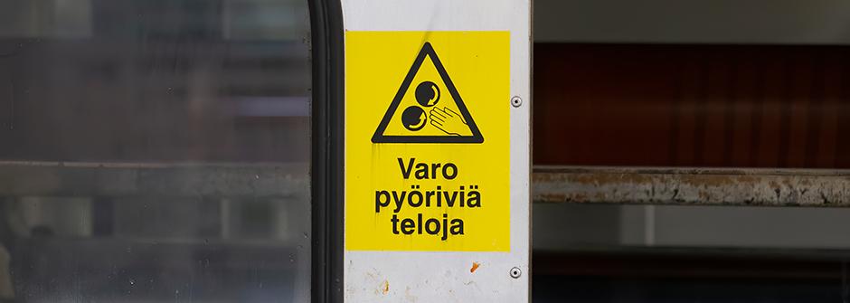 Työpaikan koneiden turvallisuuden varmistaminen / Finn-Tarkastus