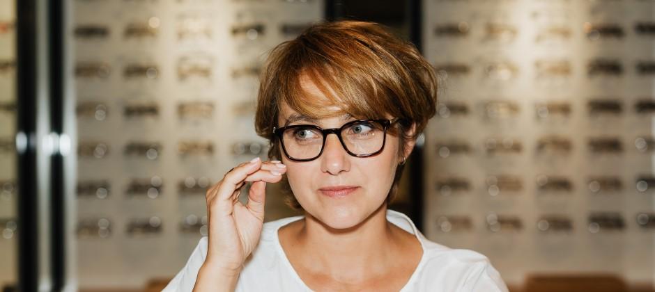 Yrkesutbildning till optikerassistent med säljkompetens