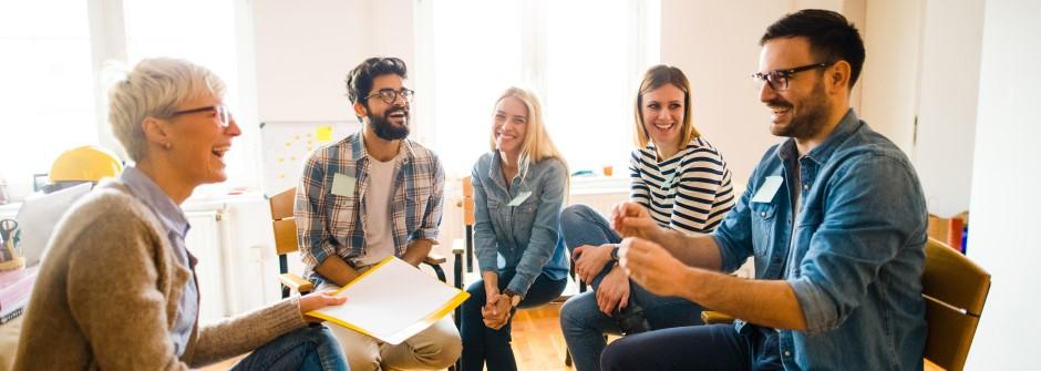 Vuorovaikutus ja viestintä työhyvinvoinnin tukena