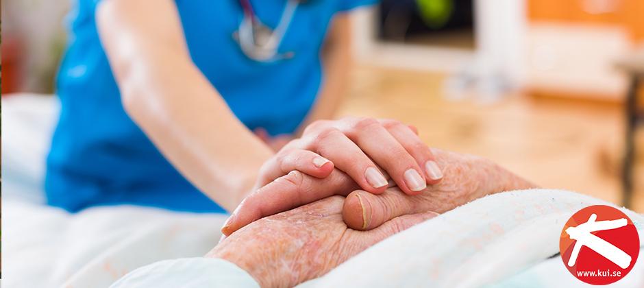Denna distansutbildning ger dig kompetens att arbeta som undersköterska och många fler yrken inom vård och omsorg