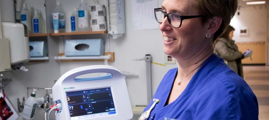undersköterska i sjukhusmiljö