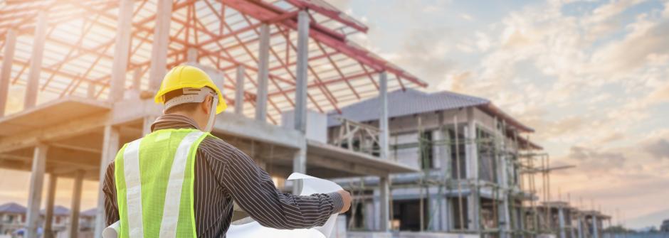 Rakennus- ja yhdyskuntatekniikan insinööri työssään
