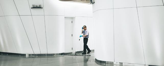 Laitoshuoltaja tai toimitilahuoltaja