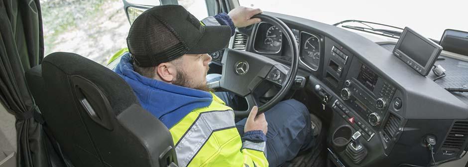 Logistiikan perustutkinto | yhdistelmäajoneuvonkuljettaja | TTS Työtehoseura