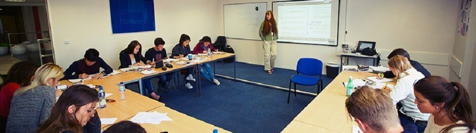 Compact English Course - 8 weeks