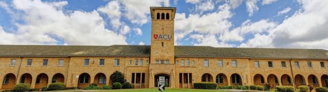 universidad catolica australiana, ACU scholarships