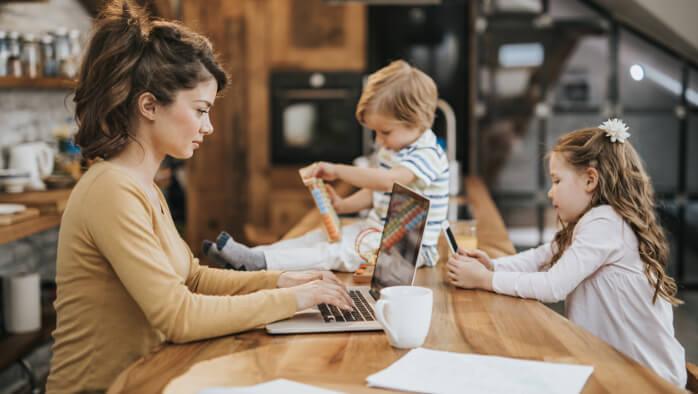 Home-Office und nebenher das Kind schon schaukeln?!