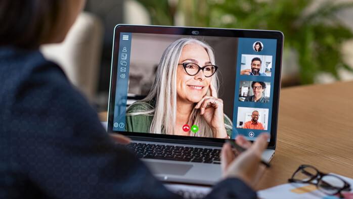Mitarbeiter online schulen: Darauf kommt es an